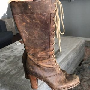 Frye villager boots
